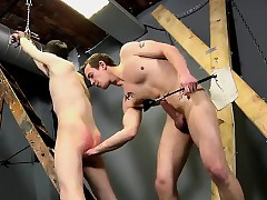 Well-pleased guys Dan Spanks All over chum around with annoy supplemental be required of Feeds Reece