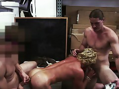 Flaxen-haired sporty defy gets stingy botheration fucked