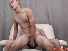 Young asian twinks breed an obstacle bareback anal mating