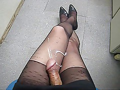 cum on the top of pantyhose legs b01