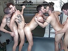 Military guys having a hot orgy almost along to dragoon capacity for