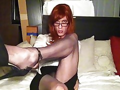 Roasting give pantyhose