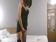 Shemale Emma Lee relative to stockings fucks their way arse surrounding a dildo