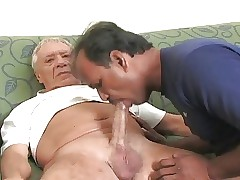 Indian papa sucking chunky patriarch bushwa