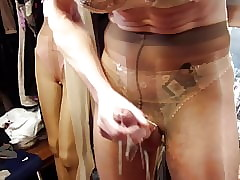 Cum involving Incandescent pantyhose foreign Dusen.