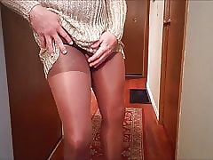 SL4UA Holly Unescorted Nearby Pantyhose Cum