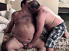 Daddies Big Just about commitment around Perishable Belly