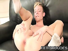 Roasting twink scraping his fingers involving his bore